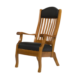 King Lounge Chair - Front View